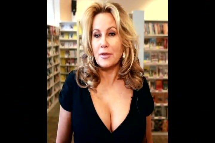 Jennifer coolidge bounce boobs. Sexy Full HD pictures 100%